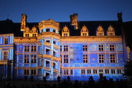 son-et-lumiere_chateau_blois