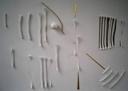 MARCO LOTA'- Percorso ritmico,cm100x70 cartone,legno,gesso, ottone su tavola