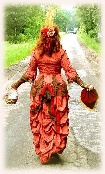 Nach Originalschnittmuster ein 1870er Kleid für Historien-Veranstaltung!