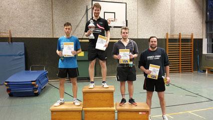 """v.l.n.r.:  """"Die Sieger der Herren A-Klasse"""" Nils Damke, Philip Guse, Jonas Sonntag und Dennis Möhren"""