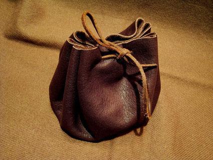 Beuteltasche aus Leder