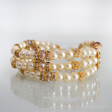 pulsera novia tres vueltas perlas y cristales