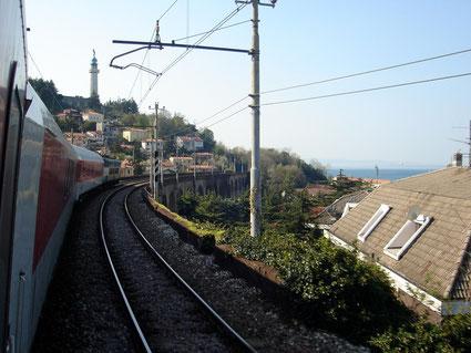 ... ins typische italienische Wetter: Anfahrt auf Trieste