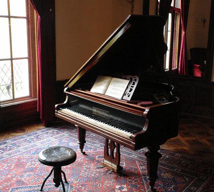 リスト時代の古いピアノ