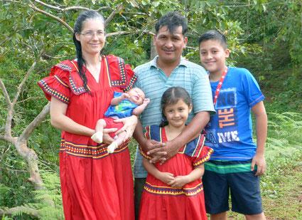 Antony, Nicol, Leonardo, Esteban, Daniela
