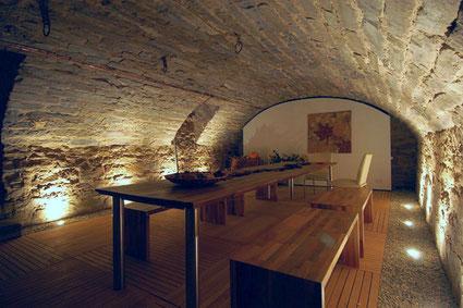 Unser Veranstaltungs/Seminarraum im alten Gewölbekeller  © AfID-Immobilien