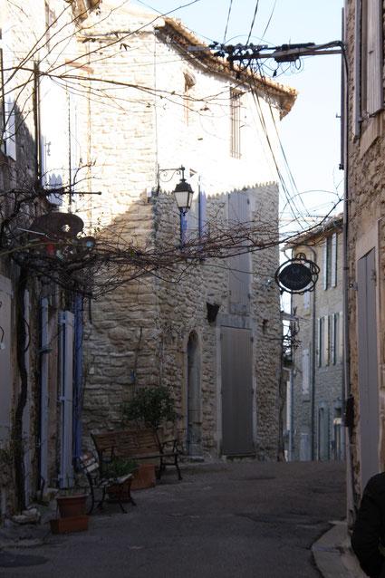 Bild: in den Straßen von Goult