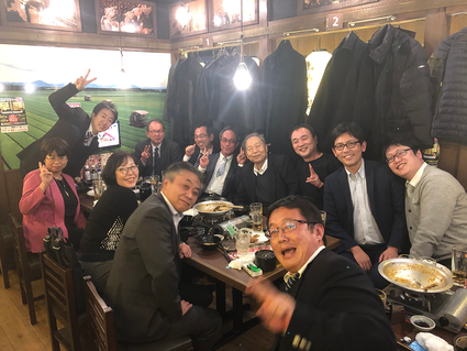 研修会後の情報交換会(2019年)