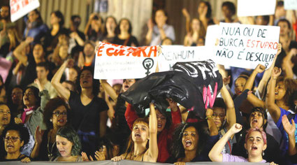 Feministisk demo mod vold mod kvinder d. 27. maj 2016 i Rio