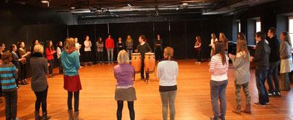 Rhythmuskreis - Schnupperstunde an der Bayerischen Theaterakademie - Berufsorientierungstag 2014