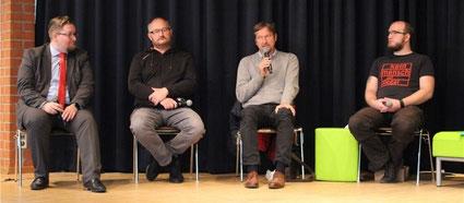 Clemens Ultsch (Die Partei - von links), Klemens Kowalski (Linke), Olaf Riesterer (CDU) und Gerrit Steffens (SPD) - Fotos: Ina Frank