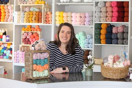 Inhaberin von Stephlene mit Wolle, Wolle Landau, Wollgeschäft, Wollladen, Wolle kaufen Landau, Wolle Landau Isar