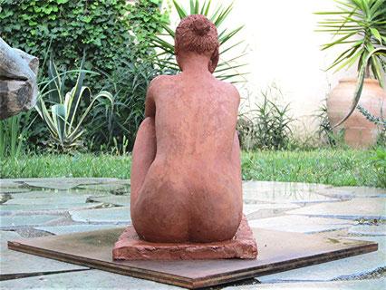 sculpture femme.terre cuite.étude de nu féminin assis, nouveausculpteur.org