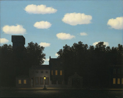 ニューヨーク近代美術館所蔵「光の帝国2」(1950年)