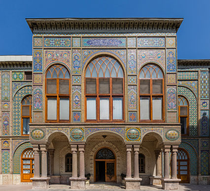 イランの世界遺産「ゴレスタン宮殿」、サラーム・ホールのエントランス