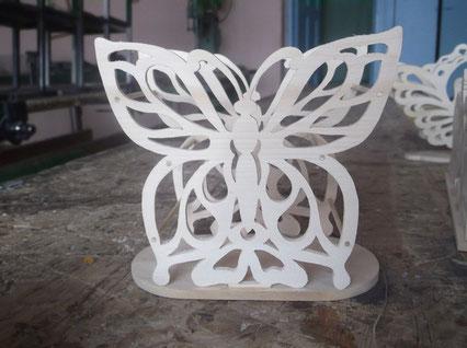 Прорезная бабочка