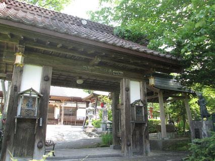 伊達藩最北の城「岩谷堂城」裏門を移転した山門