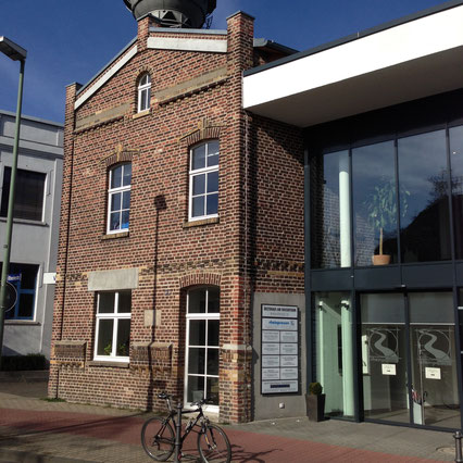 Fassadenrestaurierung Denkmal Ärztehaus in Meerbusch