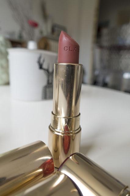 joli-rouge-mat-velvet-clarins-nude-brick