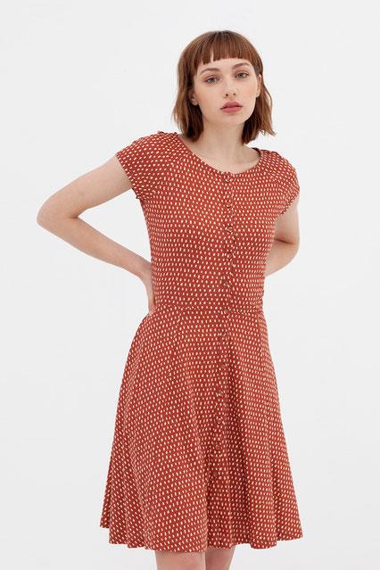 Biokatoen jurk. Modieus en bewust!