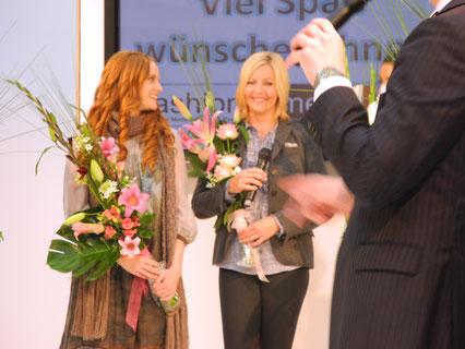 Schlussbild nach erfolgreicher Show - mit Topmodel Barbara Meier.