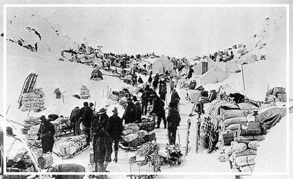 Chilkoot Pass 1898 | Goldrausch Alaska | Reisefotograf | Jürgen Sedlmayr