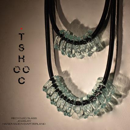 Collana in vetro riciclato. Collier en verre recyclé by atelier Occhio di Vetro Séverine  Mendrisio.