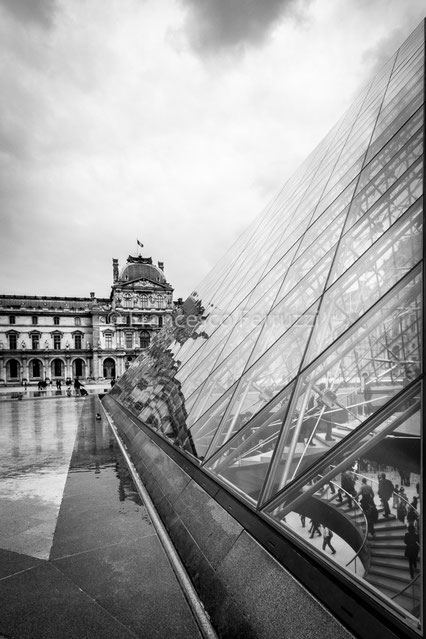 Parigi: museo del Louvre [Paris: Louvre museum]