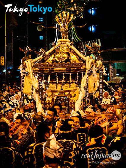 府中, 大國魂神社, くらやみ祭, 本社神輿渡御, 六之宮神輿, 千鳥帽子, 白丁