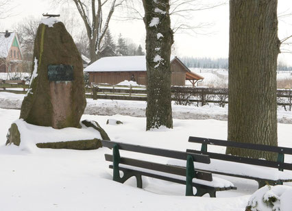 Denkmal in Nindorf am Walde (Januar 2010)