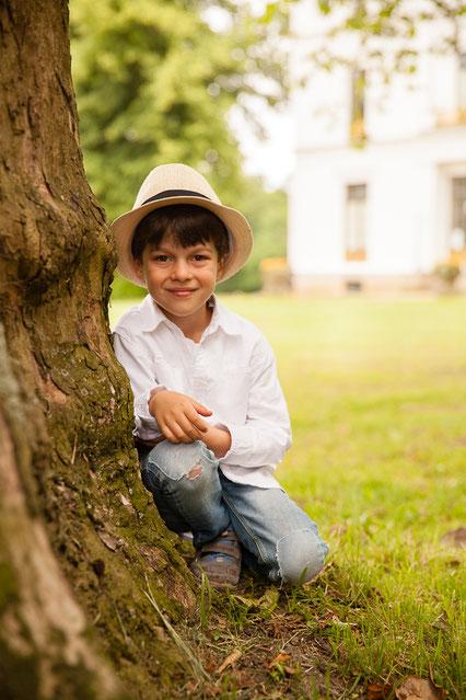 Jenisch Haus Hamburg Junge mit Hut Kinderfotos