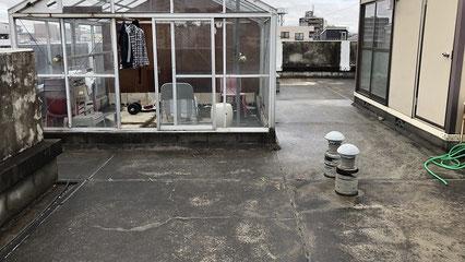 志木市の集合住宅、屋上防水工事前の写真