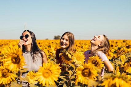 Unvergessliche Erlebnisse: zusammen mit Freunden Talente entdecken und glücklich leben.