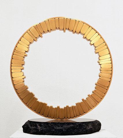 <Circle - No.02> /  1992  /  brass (真鍮)  /  H.50x45x30 (φ45) cm         福生環境彫刻コンクール [最優秀賞](模型作品)