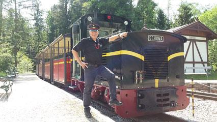 """SCHÖMA Lokomotive """"Großglockner"""", BJ 2012, wassergekühlter DEUTZ Motor 105 PS (77 kW), Zugkraft 32,4 kN, hydrodynamische Bremsen, elektron. Steuerung, Sonderanfertigung für SFLM"""
