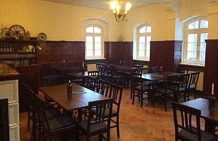 Gastraum in der Bergwirtschaft Kuhstall (Sächsische Schweiz)