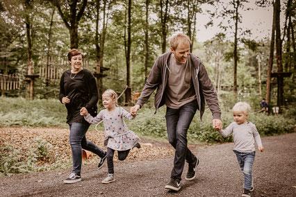 Wildpark Bad Marienberg Familienshooting Felix Schmidt Fotografie