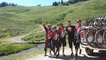 Coupe du Monde d'enduro 2015 EWS -  Colorado  USA  - Team Rocky Mountain / Urge Riders : Florian Nicolaï, Peter Ostroski, Isabeau Coudurier et Alexandre Cure