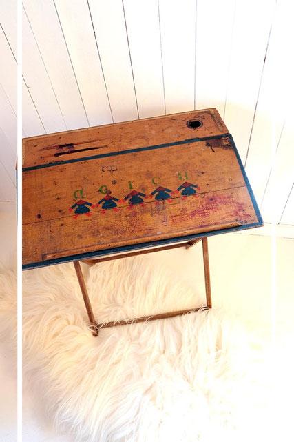 coin des enfants la brocante de mademoiselle chine. Black Bedroom Furniture Sets. Home Design Ideas
