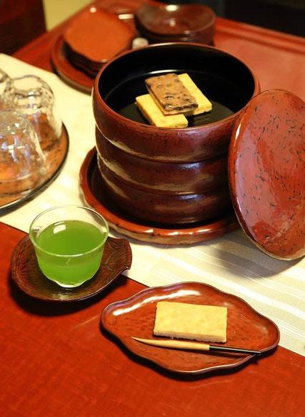 漆器・後藤久慶  何十年も毎日使っている後藤家の漆器達。