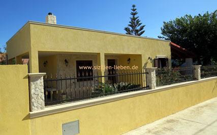 die familienfreundliche Ferieunterkunft Villa Urso liegt in einer ruhigen Seitenstraße