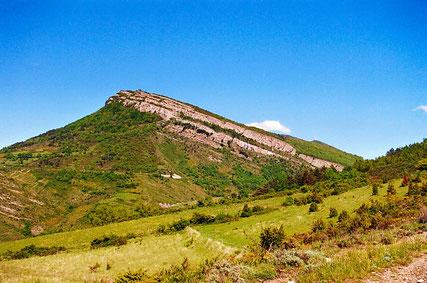 St Julia de Bec - La Serre de Bec - Tour du Mazuby