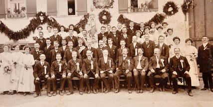 Fahnenweihe im Jahr 1912