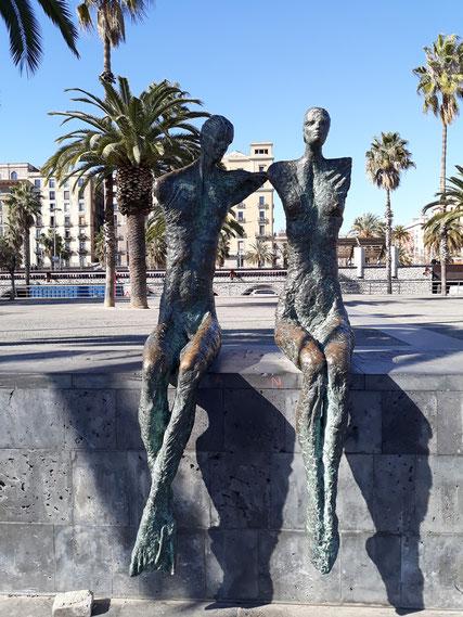 Уличное искусство Барселоны. Двое.