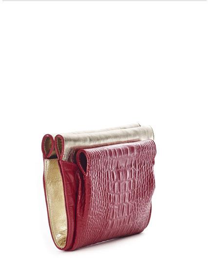 LIPS . CLUTCH  I  OWA GERMAY Bags