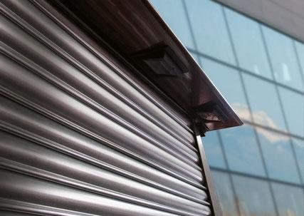 Réparation, entretien, installation de rideaux et grilles de magasin