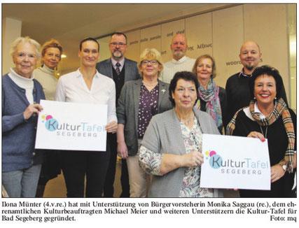 Vereinsgründungsmitglieder mit Bürgermeister