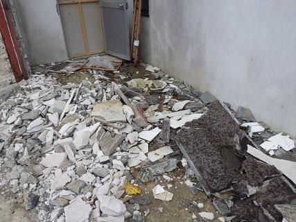 アスベスト解体前調査写真