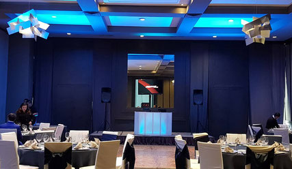 kls dj para eventos en centro Asturiano Polanco iluminado en azul