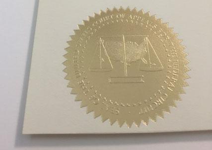 Diplom mit Prägung; Konservatorische Einrahmung